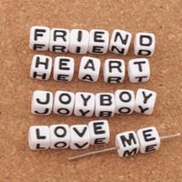 lucitwürfel großhandel-Weiß Cube 26 Alphabet Buchstaben Acryl Spacer Perlen 1000 teile / los 7x7mm Lose Perlen Heißer Schmuck L3028