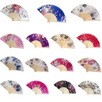 blumendekoration für zu hause großhandel-Silk Bamboo Flower Hand Fans Falten Dance Fan Home Hochzeit Decor Party Event Gefälligkeiten Geschenk Chinese Japanes Style F608