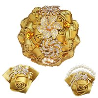 flores artificiais de ponta venda por atacado-Golden high-end de casamento com strass segurando flores artificial rosa pérola pulso flor broche decoração bola T001-G