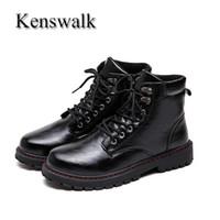 черные мужские сапоги оптовых-Kenswalk Men's PU Leather Men Short Boots  Boots High Top Shoes Motorcycle Autumn Winter Black Shoes Man Ankle Snow Boots