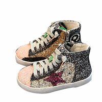 ingrosso ragazze stella superiore-2018 Bambini Ragazzo Marca Glitter High Top Sneaker Baby Girl Fashion Trainer Toddler Pu Leather Paillettes Scarpa stella