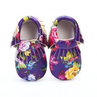ingrosso pantofole di mocassini delle ragazze-Nuova stampa floreale PU in pelle mocassini bambino con frange morbide suola neonate 0-24M Newborn first walker indoor slippers