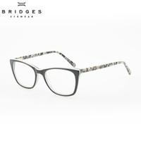 PONTES de OLHOS Delicado Design das Mulheres Acetato Óptico Óculos de  Armação de Olho de Gato Armações de Óculos Branco Eyewear Para Senhoras  Único 992f8b907a