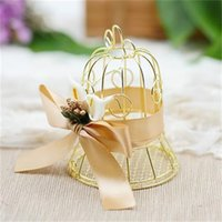 Wholesale romantic candy box online - Wedding Favor Candy Box Creative Romantic Tin Gold Matel Boxes Trumpet Personality Originality Party Supplies With Bowknot yt jj