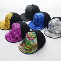 hip hop punk şapkaları toptan satış-Moda Punk Tarzı Metal Sequins Elmas Hip Hop Beyzbol Kapaklar Ayarlanabilir Snapback Şapkalar Erkek Kız Peake