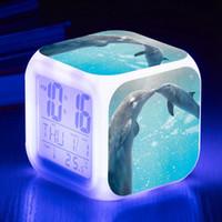 led personalizado venda por atacado-Os Golfinhos Bonitos LED Despertador Relógios LED Digital reloj despertador Personalizado Padrão reveil enfant Relógio Relógio de Luz Noturna
