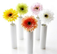 Wholesale high end artificial flowers resale online - High End Simulation Daisy Fake Flowers Delicate Vivid Little Bouquet Hand Made Artificial Silk Flower Hot Sale
