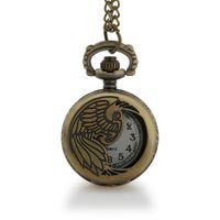relojes de bolsillo de aves antiguos al por mayor-Dropshipping Alta calidad Hueco pájaro diseño bronce pequeño reloj de bolsillo de cuarzo para regalo unisex collar Retro Fob relojes