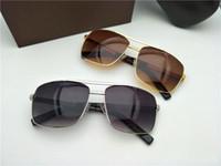 lunettes de soleil résine achat en gros de-Nouveau luxe logo lunettes de soleil attitude lunettes de soleil or cadre carré métal cadre vintage style design extérieur modèle classique top qualité