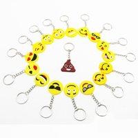 metal anahtarlık tasarımları toptan satış-2018 QQ Emoji Anahtar Zincirleri Küçük Anahtarlık Emotion Sarı QQ İfade Dolması PVC Doll Oyuncak Mix tasarımlar emoji pvc metal anahtarlık çanta kolye
