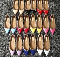 плоские сандалии для свадьбы оптовых-2018 дизайнер женщины плоские туфли партия моды заклепки девушки секси заостренный обувь свадьба обувь сандалии