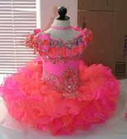 bebek kız mercan elbisesi toptan satış-Prenses Çiçek Kız Elbise Cap Sleeve Kristal Mercan ve Pembe Organze Mini Kısa Balo Kız Pageant Elbise Küçük Bebek Çocuk Elbisesi