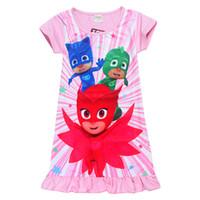 tek parça karakter toptan satış-Yeni geldi Karikatür karakter pj maskeleri dört boyutları Ruffles Kız elbise bebek Kız tek parça O-Boyun Orta tarzı Çocuk elbise