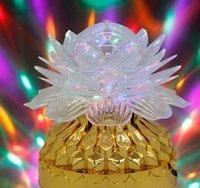 ingrosso lanterna di fase di illuminazione-Luce rotante variopinta di cristallo della luce della luce della fase della luce della fase della luce della palla della lanterna di KTV della lanterna magica leggera della famiglia
