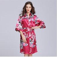 frau weiche sleepwear robe großhandel-Heiße Frauen-reizvolle Roben-Silk Satin-weiche bequeme Damekimono-Robe V-Ansatz-Spitze-Roben-Wäsche Nachtwäsche-Nachtwäsche-Unterwäsche