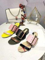 sandales décontractées couleur jaune achat en gros de-Mode d'été Femmes Mules Chaussures Boucles Multi Couleur Dames Casual Gladiator Sandales Chaussures Jaune Rose Femelle Piste Pantoufles Chaussures Sapatos