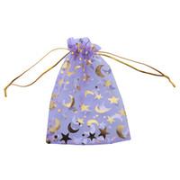 пурпурные подарочные пакеты звезд оптовых-150 шт. / лот Оптовая новый фиолетовый Луны и звезды органзы мешок подарочные пакеты подходят свадьба 100 * 140 мм 120168