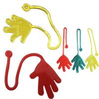 ingrosso feste divertenti del partito-Sticky Hands Kids Bomboniere Forniture Carnival Prize Colori assortiti Pinata Fillers Kids Funny Kid Toys