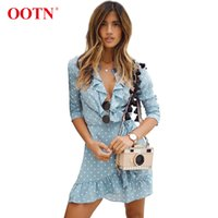 mavi elbise beyaz noktalar toptan satış-OOTN Mavi Beyaz Polka Dot Wrap Elbise Kadınlar Fırfır Mini Kısa Elbiseler Kadın Uzun Kollu Yaz 2018 Seksi Plaj Sundress V Boyun