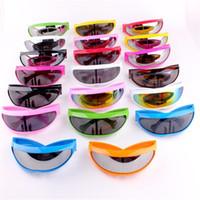 mehrfarbige persönlichkeitsbrille großhandel-X-Man Persönlichkeit Sonnenbrille Fisch Form Laser Brille Multi Farbe Sport im Freien Wandern Camping Radfahren Schutzbrillen 5 5sg bb
