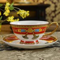 copo de café conjunto cerâmica venda por atacado-Luxo Drinkware 3 pcs Jogo de Chá De Cerâmica Europeia Conjunto de café de Porcelana Cafeteira Café Jarra Copo Pires conjunto CT21