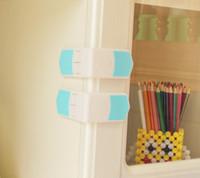 ingrosso cassetto di bloccaggio sicuro-Serrature di sicurezza a doppio bottone Protezione per bambini Protezione per bambini Sicurezza in plastica Serrature per bambini Serrature per bambini