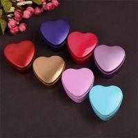 coração em forma de caixa de lata de doces venda por atacado-Caixa de presente delicada do metal da forma do coração do casamento, caixa colorida dos doces da forma do coração da lata dos doces da forma do coração