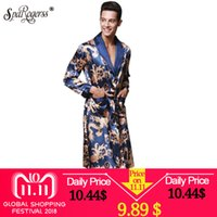 b595204bb2f76 Luxe Chinois Roi Dragon Hommes Robe Accueil Vêtements Soyeux Long Peignoir  Marque Faux Soie Long Mâle Robe De Sommeil L-3XL Robes WP032 C18110901