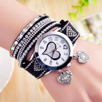 relojes de cuarzo en forma de corazon al por mayor-Pulsera para mujer Relojes Fashion Student Watch Personalidad Heart-Shaped Windingwir Quartz Wirstwatch