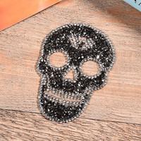 giysi kafatası toptan satış-Düzeltme rhinestone kafatası yamalar motifleri demir on yamalar diy dekorasyon için strass kristal aplike dekorasyon