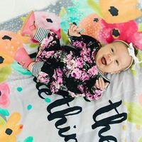 baby langarm spielanzug muster großhandel-Baby-retro-Blumenmuster-Spielanzug schicke Säuglingsblumentuch Langhülse onesie runden Kragen ins heiße KA617
