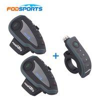 bluetooth interphone riders großhandel-2 * V8 Intercom mit 1 * Fernbedienung! V8 Interphone Motorrad Bluetooth Helm Headset Intercom mit FM NFC für 5 Fahrer