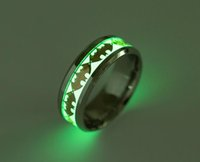 ingrosso anello di barretta del regalo di giorno del biglietto di s. valentino-Mens Ring Luminous Batman Rings for Men Black Gold Argento Acciaio inossidabile Donna Anelli Glow In The Dark Anello maschile