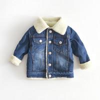 vaqueros de moda para bebés al por mayor-Chaqueta para niñas niños otoño invierno más cachemir espesar Jeans abrigo niños ropa caliente moda bebé Denim chaquetas 24M-6Y Y18102607