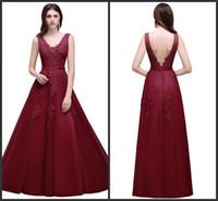 v boyun alımı elbisesi toptan satış-Vintage 2019 Yeni Seksi Dantel Tül Gelinlik A Hattı ile V Boyun Aplikler Aç Geri Abiye giyim Gelin Resepsiyon Elbise Ucuz