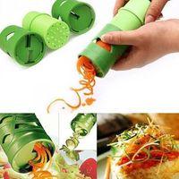 фруктовая кружка оптовых-Устройство для обработки фруктовых овощей Veggie Twister овощной огурец морковь резак слайсер многофункциональный двойной боковой строгания FFA014