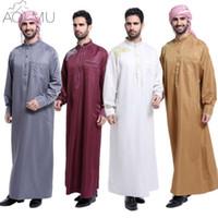 hint arap elbisesi toptan satış-Toptan-AOMU Erkekler Suudi Thobe İslam Müslüman Giyim Arap Erkek Insanlar Elbise Thobe Arapça Abayas Elbise Hint Mens Kaftan Robe
