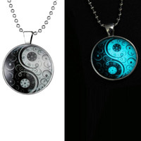 Wholesale yin yang jewelry for men resale online - Glow Glass Necklace Jewelry Glowing Necklaces For Women Men New Glow In The Dark Necklace Yin Yang witchcraft Pendants GN3