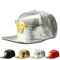 Wholesale Bull Caps - 2018 New Fashion Brand Base Ball Cap Mens Hats Shiny Bull Snapback Women Casquette Cap Adjustable Hip-hop Caps 4 Style Black Silver