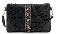 фирменная цветочная сумочка оптом оптовых-Оптовая продажа-новый сезон женщина этнический крест сумка выдалбливают цветочные сумка леди черная сумка дизайнер новый сумка весна сцепления