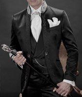 jaqueta de terno brilhante preto venda por atacado-Bonito Groomsmen Mandarim Lapela Do Noivo Smoking Preto Brilhante Ternos Dos Homens Bordados de Casamento / Prom / Jantar Melhor Homem Blazer (Jacket + Pants + Vest) K899