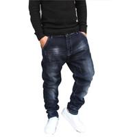 hip hop baggy harems calças venda por atacado-Hip Hop Harem Calça Jeans Mens Basculador Calças Jeans Algodão Trecho Solto Baggy Denim Calças Designer de Roupas Masculinas Plus Size 28-42