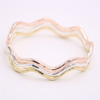 Wholesale american curves - Fashion waves of the bangles Very nice curves Bangles Lovely lady corrugated metal bangles for women gift Drop shipping