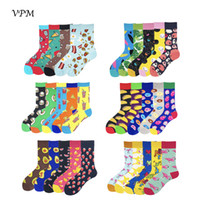 gülümseyen çoraplar toptan satış-VPM 2018 erkek Çorapları 85% Coon Renkli Komik Harajuku Pizza Flamingolar Gülümseme Avokado Tarzı Çorap Düğün Hediye Çorap 5 Paris / Lot