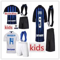 jerseys de fútbol 14 al por mayor-18 19 Kids Inter Soccer Jersey ICARDI 9 # NAINGGOLAN 14 # LAUTARO 10 # PERISIC 44 # SKRINIAR Equipos de fútbol Chicos buena calidad Camisetas de fútbol Pantalones