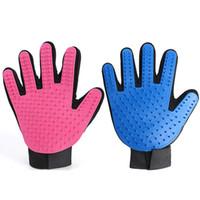 guantes de silicona para masajes al por mayor-Silicona Cat Dog Grooming Gloves Brush Glove Rubber Massage Cleaning Bath Pet Herramientas de mano Envío de la gota