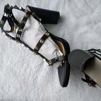 decorar zapatos de tacón alto al por mayor-Nuevo diseño de marca Elegante mujer con punta de charol zapatos remache hebilla de cinturón ornamental que adorna los zapatos de tacón alto