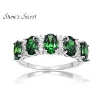 natürliche smaragd-hochzeitsringe großhandel-925 Sterling Silber Erstellt Smaragd Ring Grün Naturstein Edlen Schmuck Party Hochzeit Ring für Frauen D1892005