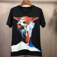 neue musterhemden männer großhandel-Sommer Neue Mode Tauren Charaktere Graffiti Muster T Shirt Männer Kurzarm T-Shirts Tops Tees Casual Kleidung Männer