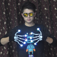 Wholesale skull cycling gloves for sale - Group buy Riding Perform Cycling Gloves Flexible Portable Anti Wear Halloween Led Night Skull Print Glove Glowing In The Dark qs jj